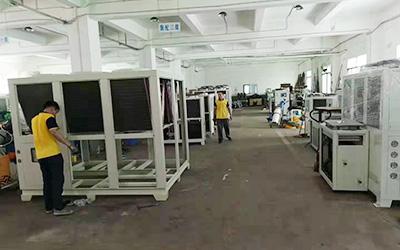 工业冷水机生产线